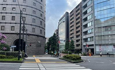 東新宿駅からのアクセス